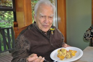 Jay Kordich with raw peach pie